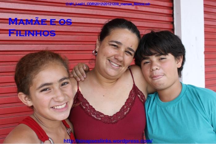 20121209_mamae_filinhos